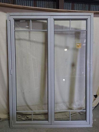 Bronco aluminium two leaf bi-fold door