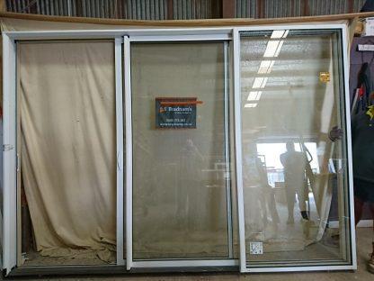 Appliance white aluminium double glazed stacker ranch slider